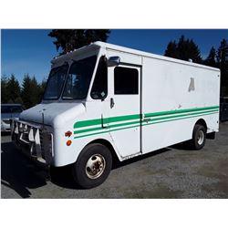 0A --  1982 GMC CUBE VAN , White , 209921  KM's