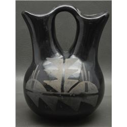 SAN ILDEFONSO INDIAN POTTERY VASE
