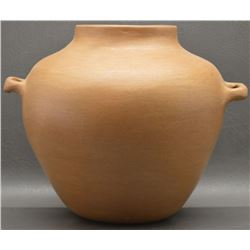 TAOS INDIAN POTTERY OLLA