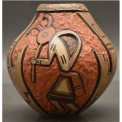 HOPI INDIAN POTTERY VASE (NAMPEYO)