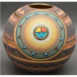 NAVAJO INDIAN POTTERY JAR (LORI SMITH)