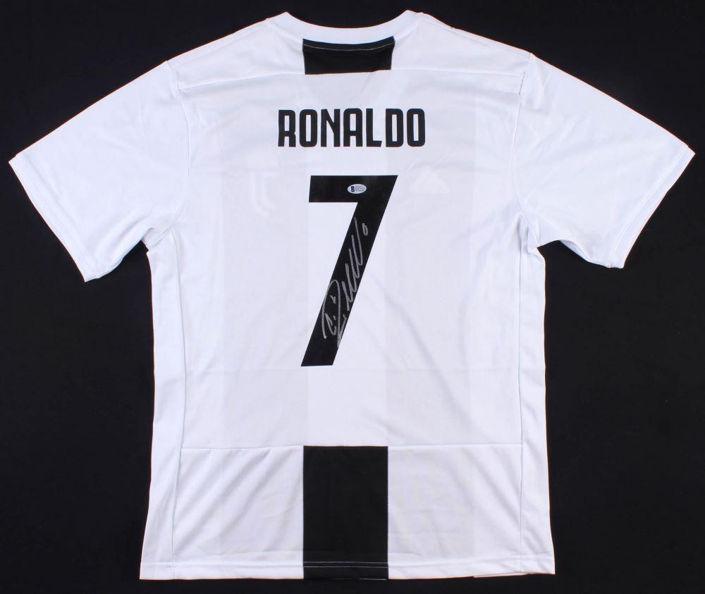 cheaper d711f 294b8 Cristiano Ronaldo Signed Juventus Adidas Jersey (Beckett ...