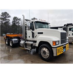2018 MACK PINNACLE CHU613