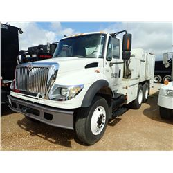 2004 INTERNATIONAL 7600 FUEL & LUBE TRUCK, VIN/SN:1HTWYAXR84J014633 - T/A, 332 HP CAT C-12 ENGINE, 1