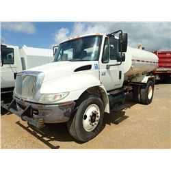 2006 INTERNATIONAL 4200 WATER TRUCK, VIN/SN:1HTMPAFP46H344449 - S/A, VT365 IHC ENGINE, 6 SPEED TRANS