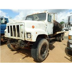 1988 INTERNATIONAL S2500 WATER TRUCK, VIN/SN:1HTZPGHT0JH586795 - T/A, CUMMINS ENGINE, 8LL TRANS, REA