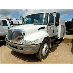 2006 INTERNATIONAL 4200 SERVICE TRUCK, VIN/SN:1HTMPAFL86H204742 - IHC 365 DIESEL ENGINE, 6 SPEED TRA