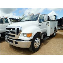2005 FORD F650 MECHANICS TRUCK, VIN/SN:3FRWF65F25V198901 - CUMMINS ENGINE, 7 SPEED TRANS, 26K GVWR,
