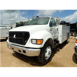 2000 FORD F650 MECHANIC TRUCK, VIN/SN:3FDNF6541YMA63132 - S/A, CUMMINS DIESEL ENGINE, 5 SPEED TRANS,