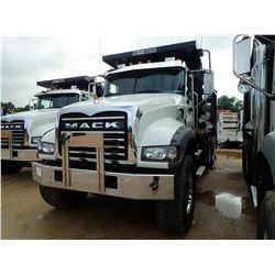 2019 MACK GR64F DUMP, VIN/SN:1M2GR4GC0KM008537 - TRI AXLE, 455 HP MACK MP8 ENGINE, MACK T310M 10 SPE