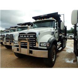 2019 MACK GU713 DUMP, VIN/SN:1M2AX07C1KM041437 - TRI AXLE, 455 HP MACK MP8 ENGINE, MACK M-DRIVE AUTO