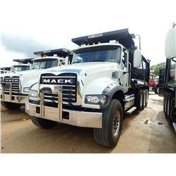 2019 MACK GU713 DUMP, VIN/SN:1M2AX07C4KM041433 - TRI AXLE, 455 HP MACK MP8 ENGINE, MACK M-DRIVE AUTO