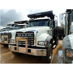 2016 MACK GU713 DUMP, VIN/SN:1M2AX07C1GM060335 - TRI AXLE, 455 HP MACK MP8 ENGINE, MACK T310M 10 SPE