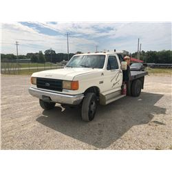 1988 FORD F350 FLATBED TRUCK, VIN/SN:JNA82225 - 4X4, DIESEL, 5 SPEED TRANS, 9' FLATBED (SELLING ABSE