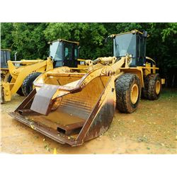 CAT 938G WHEEL LOADER, VIN/SN:6WS01487 - WICKER FORKS W/TOP CLAMP, WICKER, BUCKET, CAB, A/C, 20.5R25
