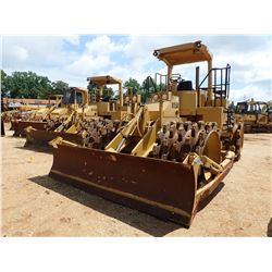 CAT 815B COMPACTOR, VIN/SN:17Z00996 - BLADE, CANOPY, METER READING 282 HOURS
