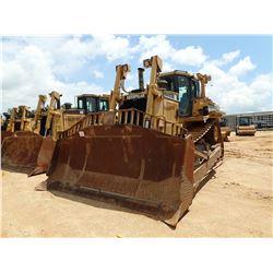 2001 CAT D8R SERIES II CRAWLER TRACTOR, VIN/SN:6YZ00359 - SEMI-U BLADE W/TILT, DIFF STEER, CAB, A/C,