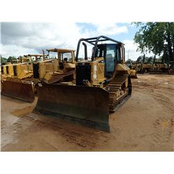 2014 CAT D6N XL CRAWLER TRACTOR, VIN/SN:PER00746 - 6 WAY BLADE, DIFF STEER, GPS READY, CAB, A/C, SWE