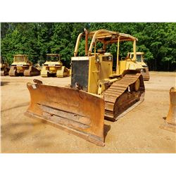 CAT D6M XL CRAWLER TRACTOR, VIN/SN:2YS00390 - 6 WAY BLADE, CANOPY, SWEEPS