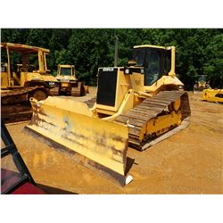CAT D6M LGP CRAWLER TRACTOR, VIN/SN:4JN02875 - 6 WAY BLADE, CAB, A/C, METER READING 6,190 HOURS