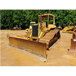 CAT D5H SERIES II CRAWLER TRACTOR, VIN/SN:1DD5798 - 6 WAY BLADE, CANOPY, METER READING 6,104 HOURS