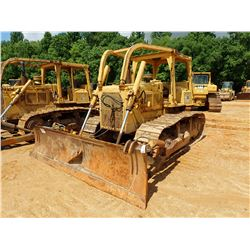 CAT D6D CRAWLER TRACTOR, VIN/SN:4X10039 - ANGLE BLADE W/ TWIN TILT, CANOPY, SWEEPS