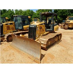 2010 CAT D5K LGP CRAWLER TRACTOR, VIN/SN:YYY01061 - 6 WAY BLADE, CANOPY, METER READING 2,980 HOURS