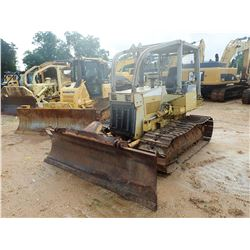 KOMATSU D31P CRAWLER TRACTOR, VIN/SN:138084 - 6 WAY BLADE, SWEEPS, SCREENS, CANOPY, METER READING 5,