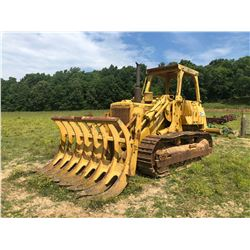 CAT 977L CRAWLER LOADER, VIN/SN:64X1502 - BUCKET, CANOPY, RIPPER (SELLING ABSENTEE, LOCATED AT 10527