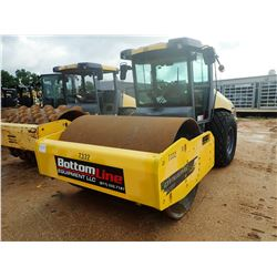 "2014 DYNAPAC CA2500D ROLLER, VIN/SN:14968 - VIBRATORY, 84"" SMOOTH DRUM, CUMMINS DIESEL ENGINE, CAB,"
