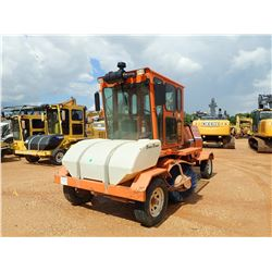 2009 BROCE RJ350 BROOM, VIN/SN:406367 - 8' BROOM, WATER TANK, CAB, A/C, METER READING 2.155 HOURS