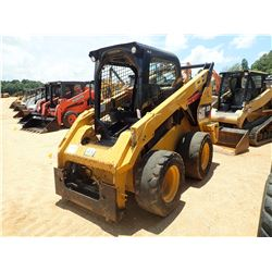 2015 CAT 262D SKID STEER LOADER, VIN/SN:DTB04111 - WHEELED, CANOPY, METER READING 4,001 HOURS