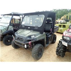 2014 POLARIS RANGER 800 VIN/SN:4XATH76A2E4323858 - 4X4, GAS ENGINE, WINDSHIELD, CANOPY, DUMP BED, ME