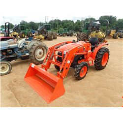 KUBOTA L3901 FARM TRACTOR, VIN/SN:62071 - MFWD, KUBOTA 2545C-QB FRONT LOADER ATTACH, ROLL BAR, METER
