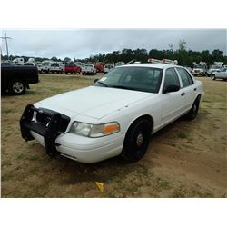 2006 FORD CROWN VICTORIA VIN/SN:2FAFP71W76X122467 - V8 GAS, A/T, ODOMETER READING 294,327 MILES (COU
