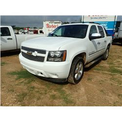 2009 CHEVROLET AVALANCHE LTZ VIN/SN:3GNFK320X9C196581 - 4X4, V8 GAS ENGINE, A/T, ODOMETER READING 17