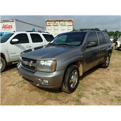 2009 CHEVROLET TRAIL BLAZER VIN/SN:1GNDS33S392117297 - V6 GAS, A/T, ODOMETER READING 124,796 MILES (