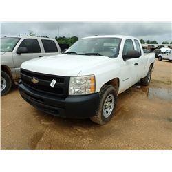 2011 CHEVROLET SILVERADO PICKUP, VIN/SN:1GCRKPE32BZ326149 - 4X4, EXT CAB, V8 GAS ENGINE, A/T, ODOMET