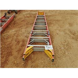 8' FIBERGLASS STEP LADDER (B-9)