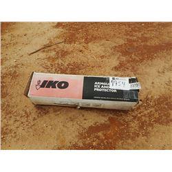 (1) BOX ARMOURGUARD ICE & WATER PROTECTOR (B9)