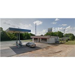 CONVENIENCE STORE: WALK IN COOLER, (2) IN GROUND TANKS WITH PUMPS, 1,200 +/- SQ FT (714 MARIA AVE, D