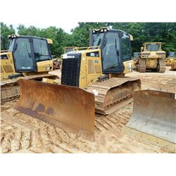 2014 CAT D5K2 LGP CRAWLER TRACTOR, VIN/SN:KYY01348 - 6 WAY BLADE, CAB, A/C, METER READING 792 HOURS