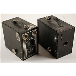Two Vintage Brownie Box Cameras  (76600)