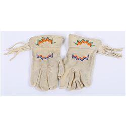 Paiute Beaded Gloves  (87818)