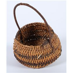 Small Basket with Handle  (87569)