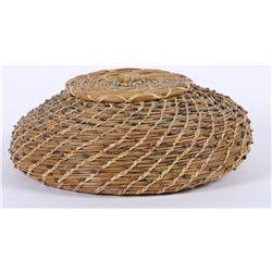 Lidded Pine Needle Basket by Regina Phoenix  (87816)