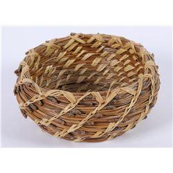 Pine Needle Basket  (85920)