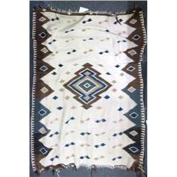 Navajo Indian Rug  (85823)