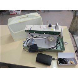 SEWING MACHINE (SINGER FACILITA) *PORTABLE #248* & ACCESSORIES