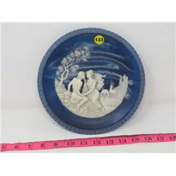 COLLECTOR PLATE (THE ISLE OF CIRCE) *1ST ISSUE IN 'THE VOYAGE OF USLYSSES'* (SOLID BLUE INCOLAY CAME